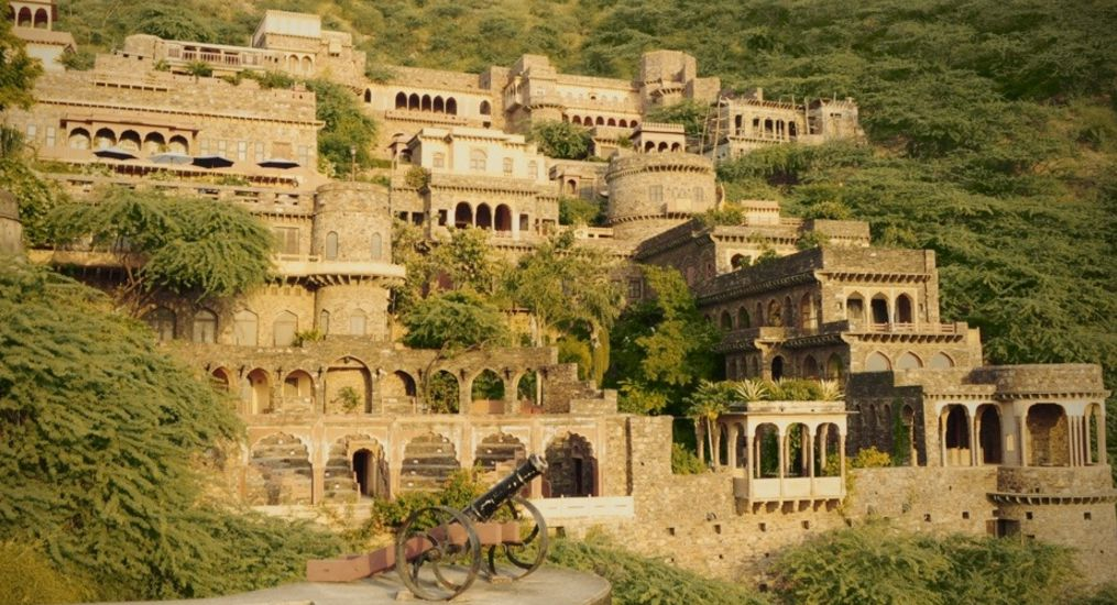 Rajasthan's Bhangarh Fort story in Hindi Incidents, Ghost videos, History